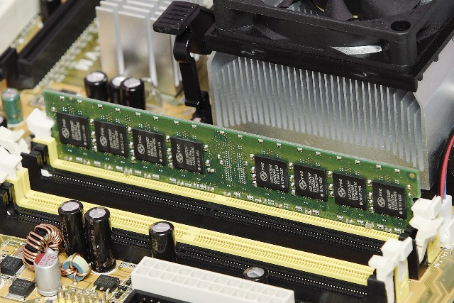 How Much RAM You Should Have in Your Trading Computer