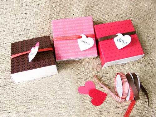 Retailers From Keller Area Presenting Their Gift Ideas For The Valentine's Day