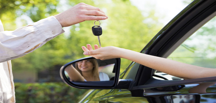 Why A Professional Locksmith Is Preferred For Replacement Of Car Keys?