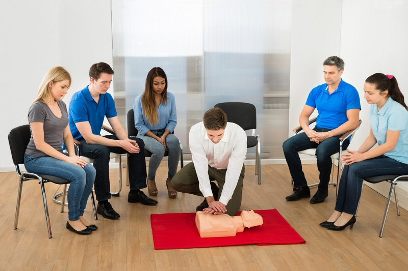 Why Is First Aid Training Essential For The People?