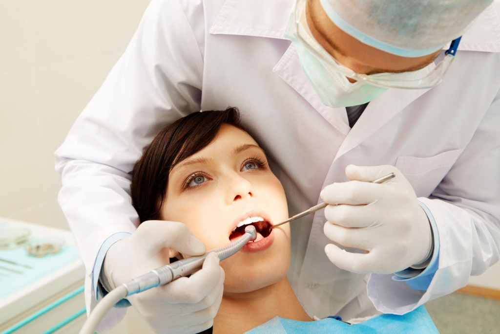 A Few Things To Consider When Selecting A Good Dentist In Delhi