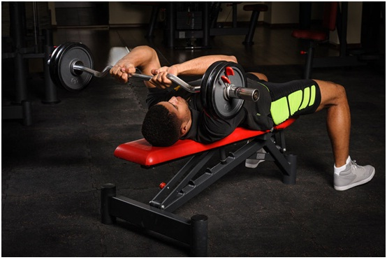How You Can Use An Adjustable Weight Bench