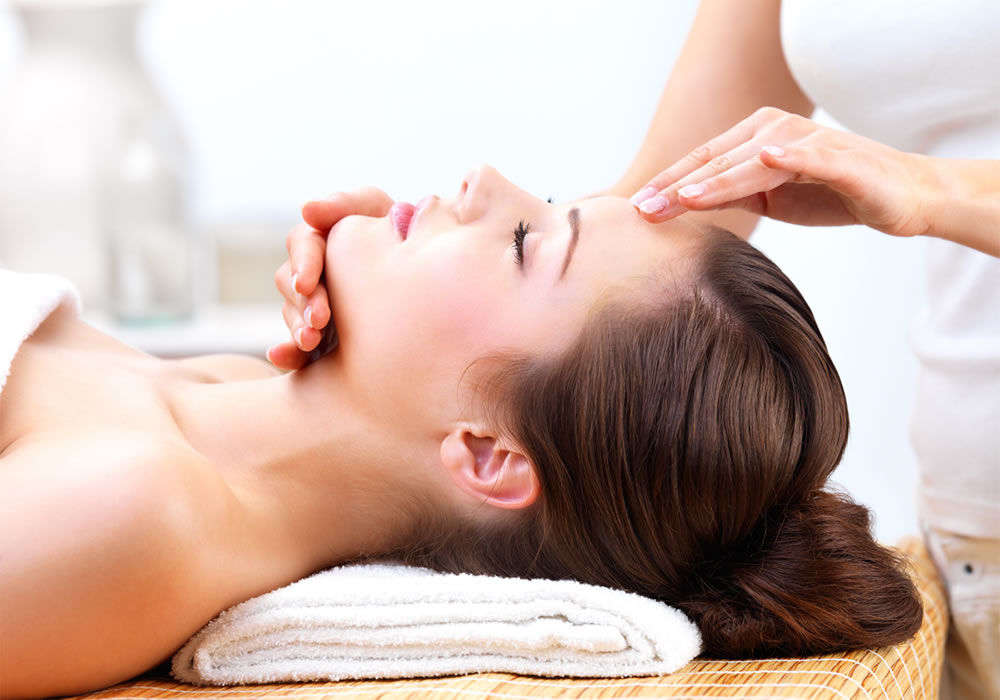 Obtain A Flawless Skin By The Facials In Chelmsford