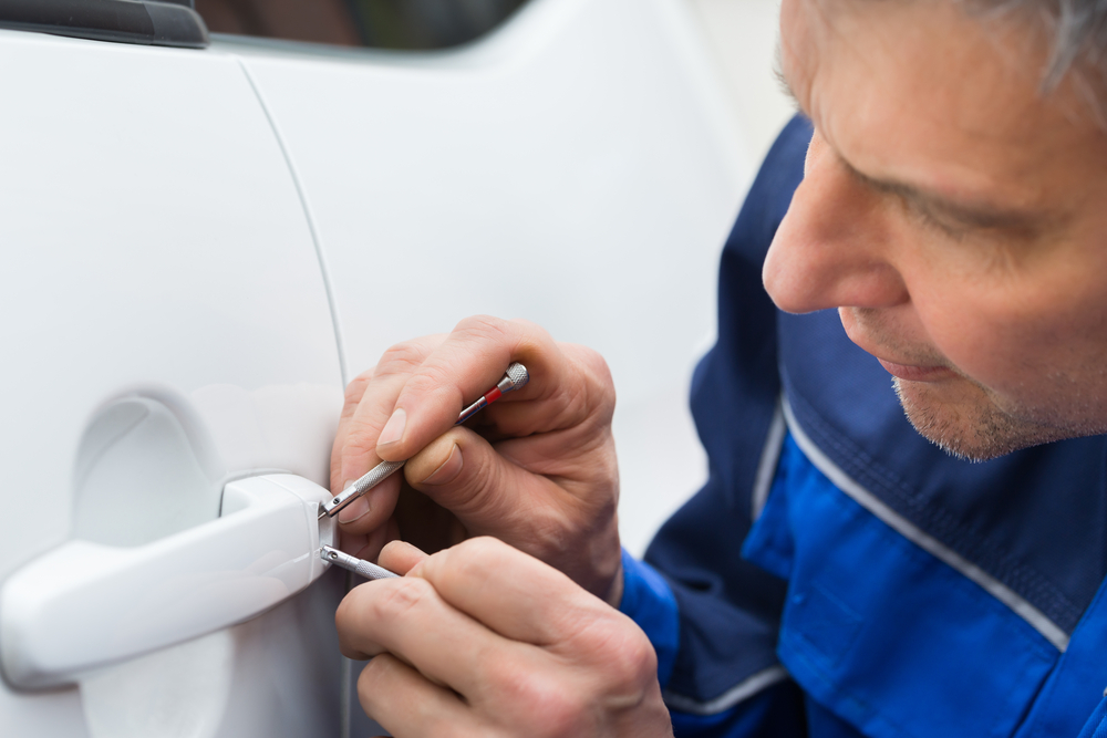 Tips To Choose A Car Locksmith To Solve The Problem Of Car Lockout