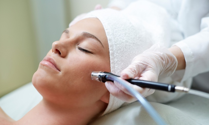 Safe And Effective Skin Treatment Clinic For Improved Results