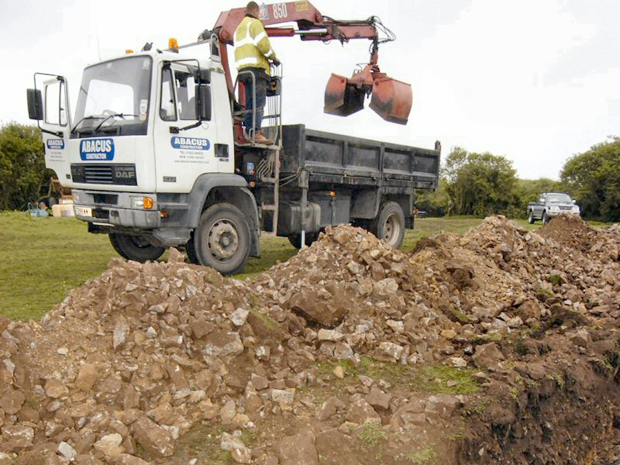 Grab Lorries A Practical Way To Remove Construction Waste