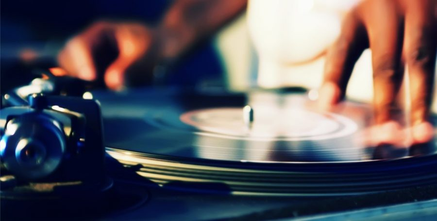 Basic Skills, Costs And Other Necessities For Successful DJ