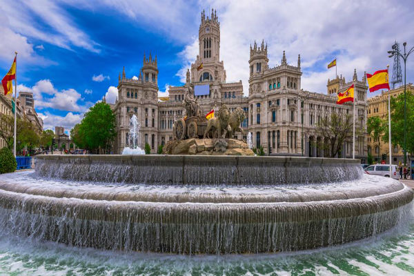 Plan A Romantic Espanol Getaway: Honeymoon In Spain