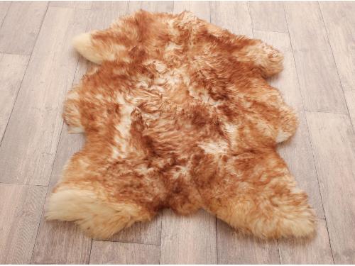 Einige der besten Ideen um Ihr Zuhause mit den gemütlichsten Schaffell Teppichen zu dekorieren