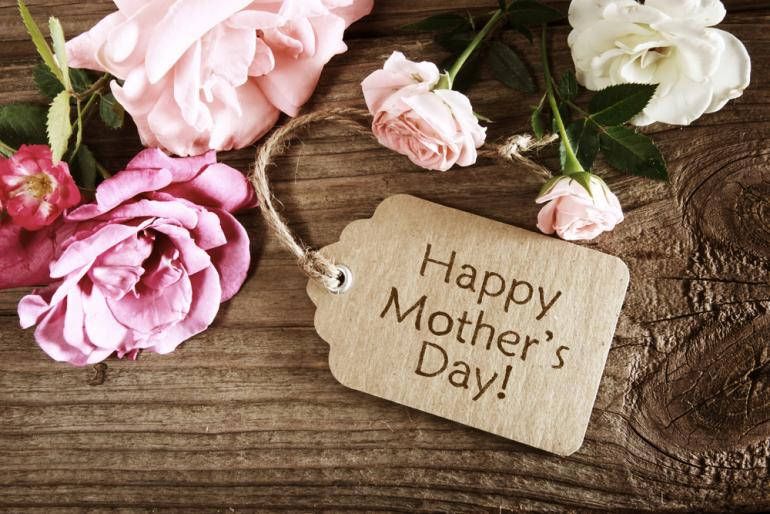 Wish Your Mother A Very Happy Mother's Day With Flowers!!