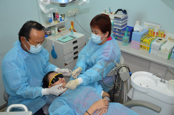 Dentist Singapore- Your Friend during Dental Needs