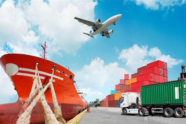 Is Your Freight Forwarding Company Offering You These Services? Have A Check!