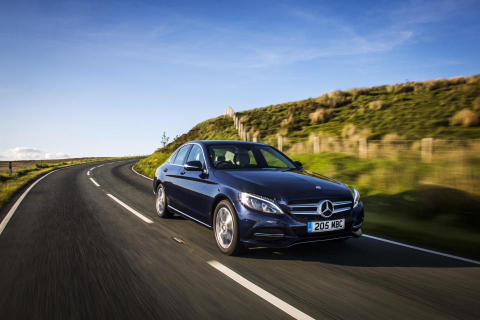 How To Sell-Off Your Old Mercedes Quickly And Easily?