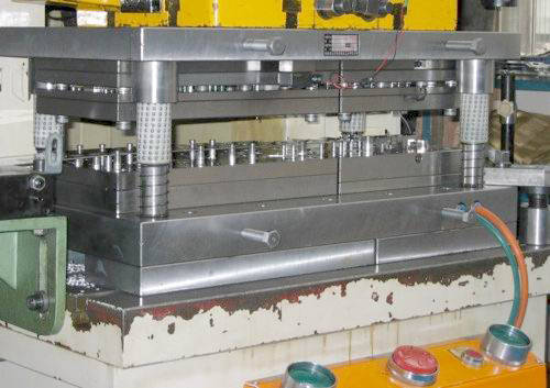 Know More About Stamping Tools And Die Hot Stamping