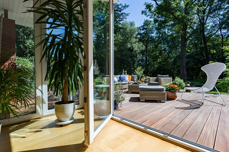 Which Is Which: Your Ultimate Guide In Choosing The Best and Top-Quality  Decking Materials