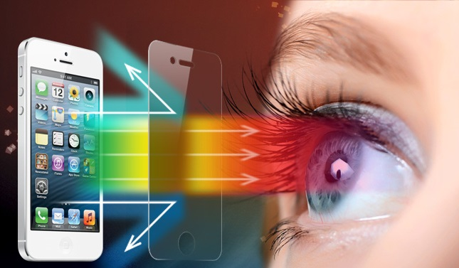 What Are The Harmful Effects Of Bluelight On Your Eyes?