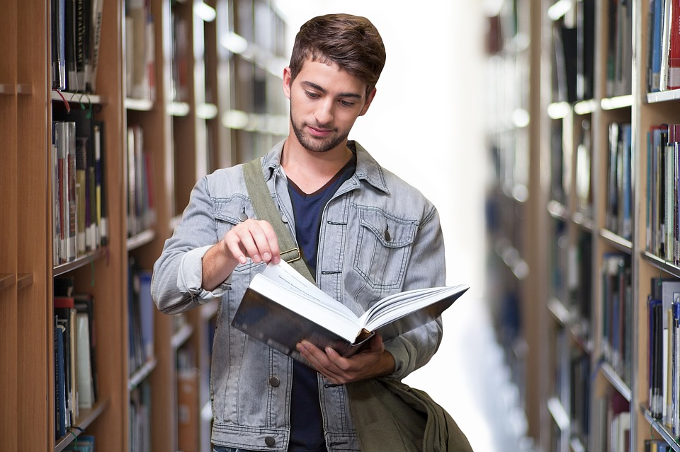 4 Helpful Tips For College Commuters